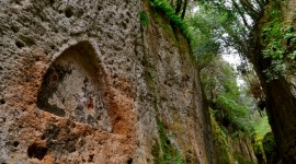 Vie Etrusche: 8 itinerari in Toscana sulle tracce degli Etruschi