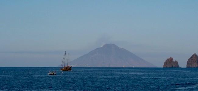 I vulcani della Sicilia (I^ Parte): le isole Eolie di Vulcano, Panarea e Stromboli.