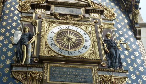 torre dell'orologio_palazzo de la citè