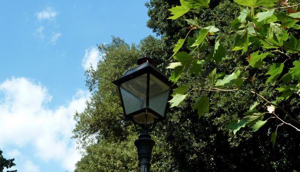 lampione al Boschetto di Firenze