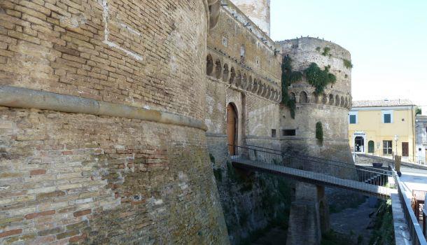 castello caldoresco a Vasto