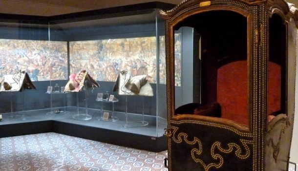 palazzo d'avalos portatina e selle originali