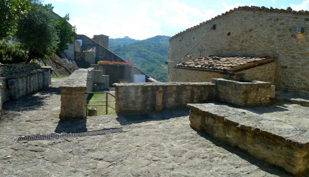 Interno castello di Roccascalegna