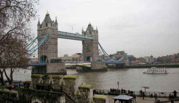 London Bridge e Tamigi