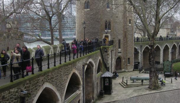 Camminamento delle mura alla Torre di Londra