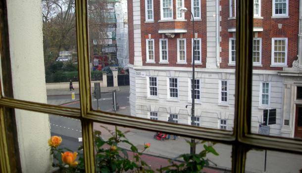 finestra baker street a Londra