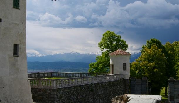Vista dal castello di masino