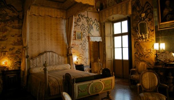 Camera da letto reale reporter in viaggio for Planimetrie della camera a castello