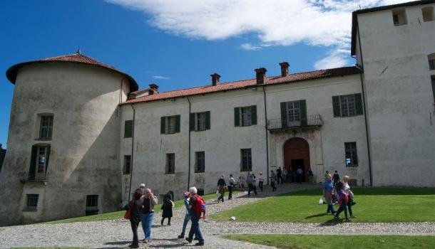 ingresso al castello di masino