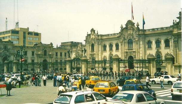 Plaza de Las Armas a Lima