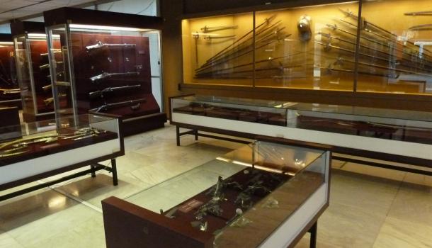 collezione armi saroglos ad atene