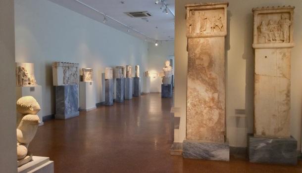 sale delle stele votive