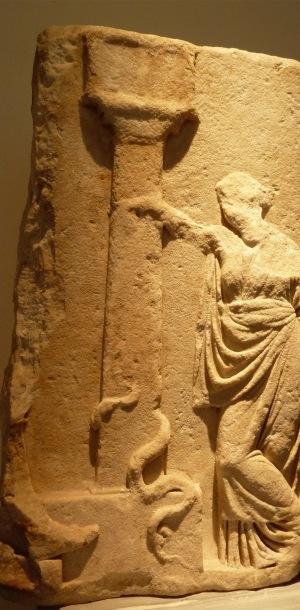 stele di Higiea e monumento di Telemaco