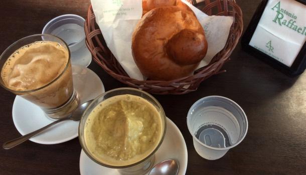 cucina siciliana: granita a colazione