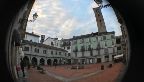 piazza palazzo vecchio a vercelli