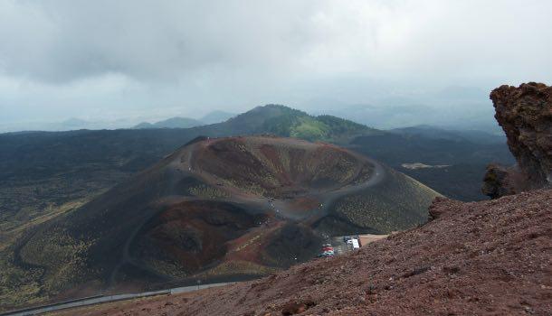 escursione sull'etna: monti silvestri