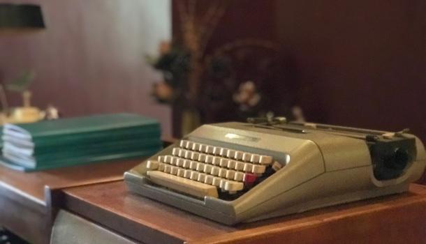 antica macchina da scrivere del frimi