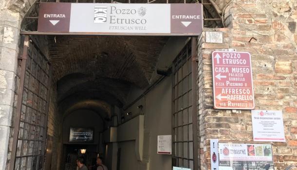 Ingresso museo pozzo etrusco a perugia