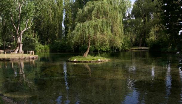 lago delle fonti del clitunno