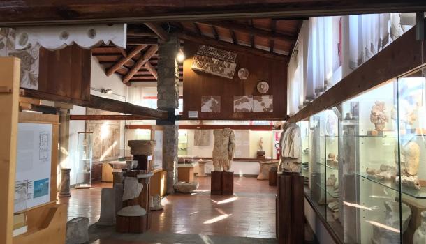 interno museo archeologico di cosa