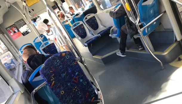 autobus 403