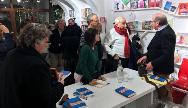 Serata alla libreria Tatata di Firenze