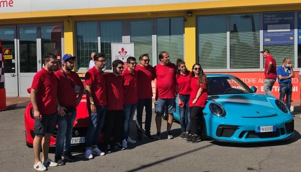 supercar test drive a campi bisenzio per guidare una suoerca
